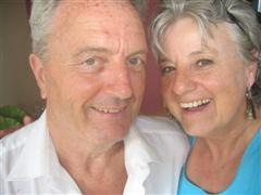 Les and Lynda close up